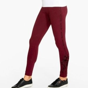 NWT Jonnhy Was Ruby Embroidered DARIELLE LEGGINGS